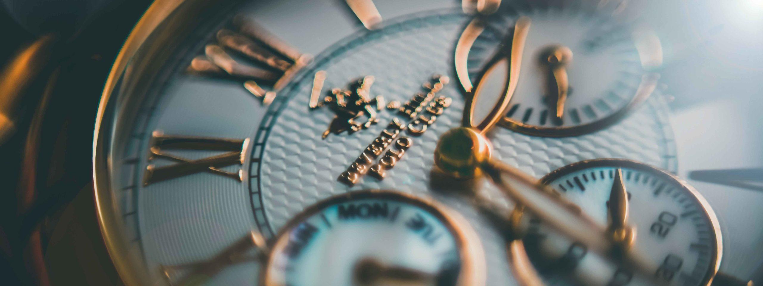 お金持ちになるために買ってはいけないものは高級時計